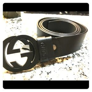 Other - All black Gucci belt